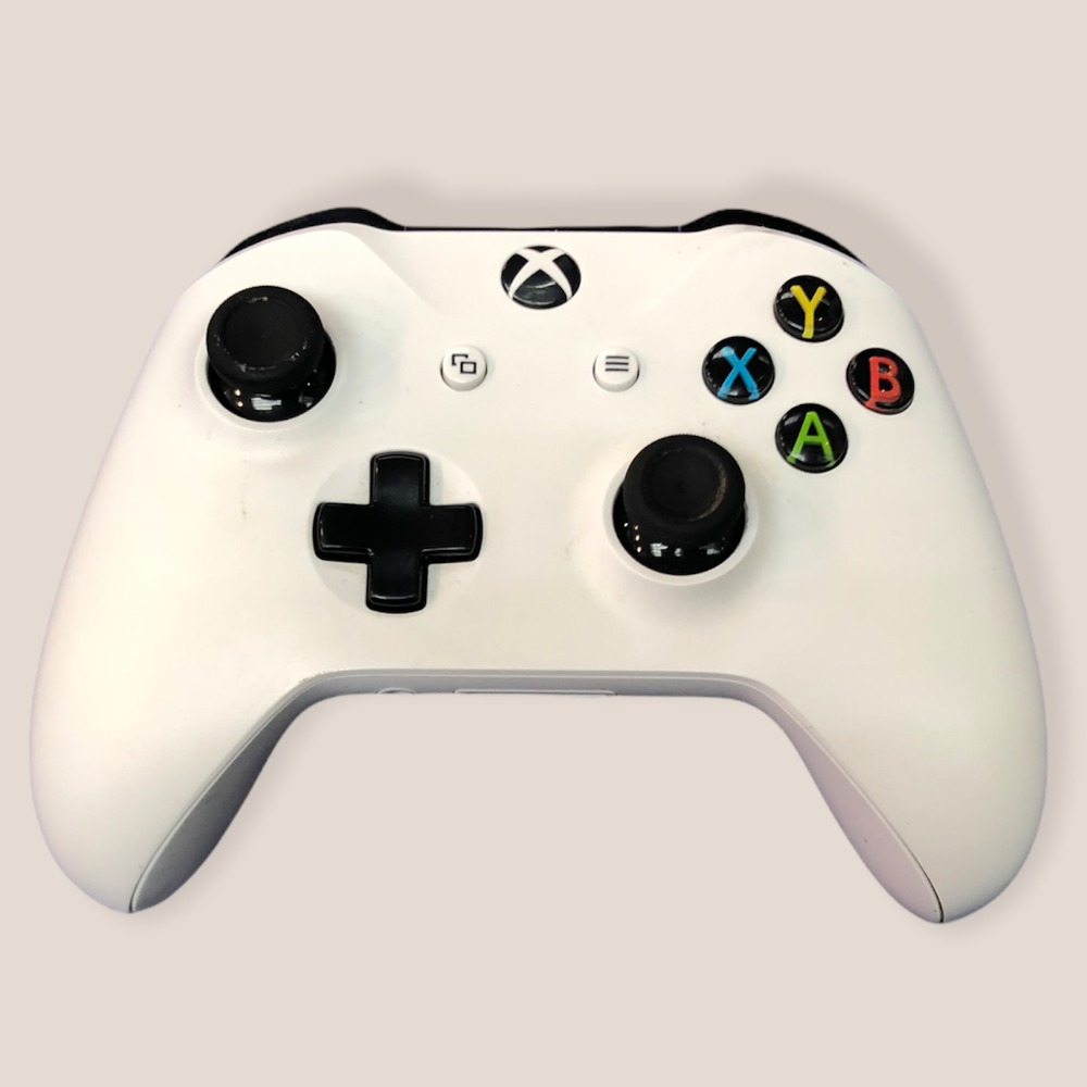 Product photo for Official Xbox One 2016 White Wireless Controller