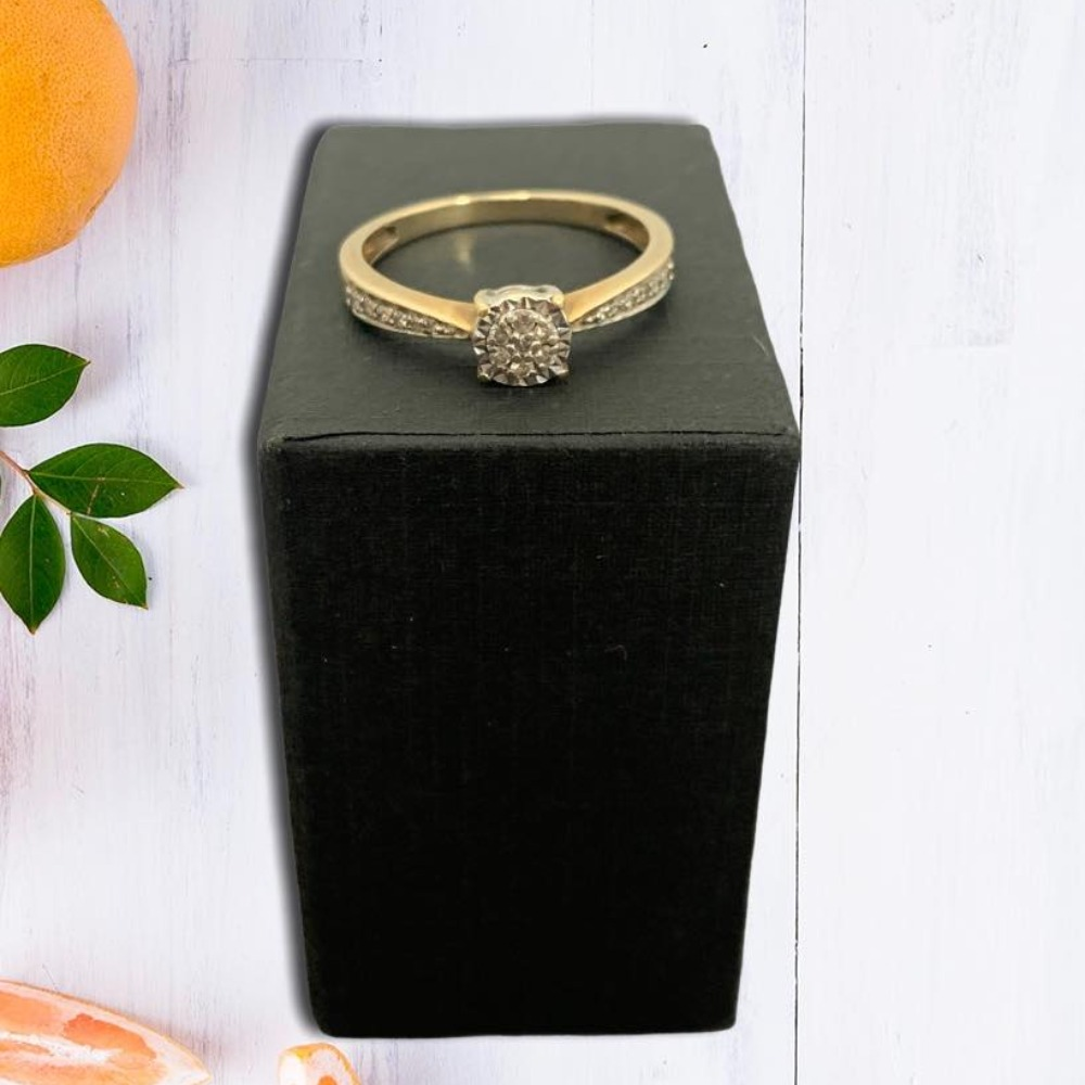 Product photo for 9ct Yellow Gold Illusion Cluster Diamond Ring (Size Q)