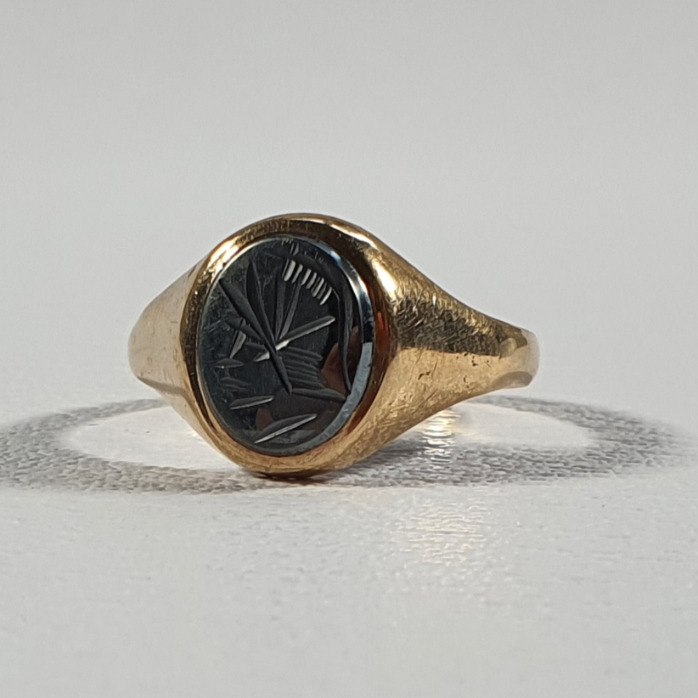 Product photo for 9ct Yellow Gold Carved Jet Black Stone Signet Ring Size T