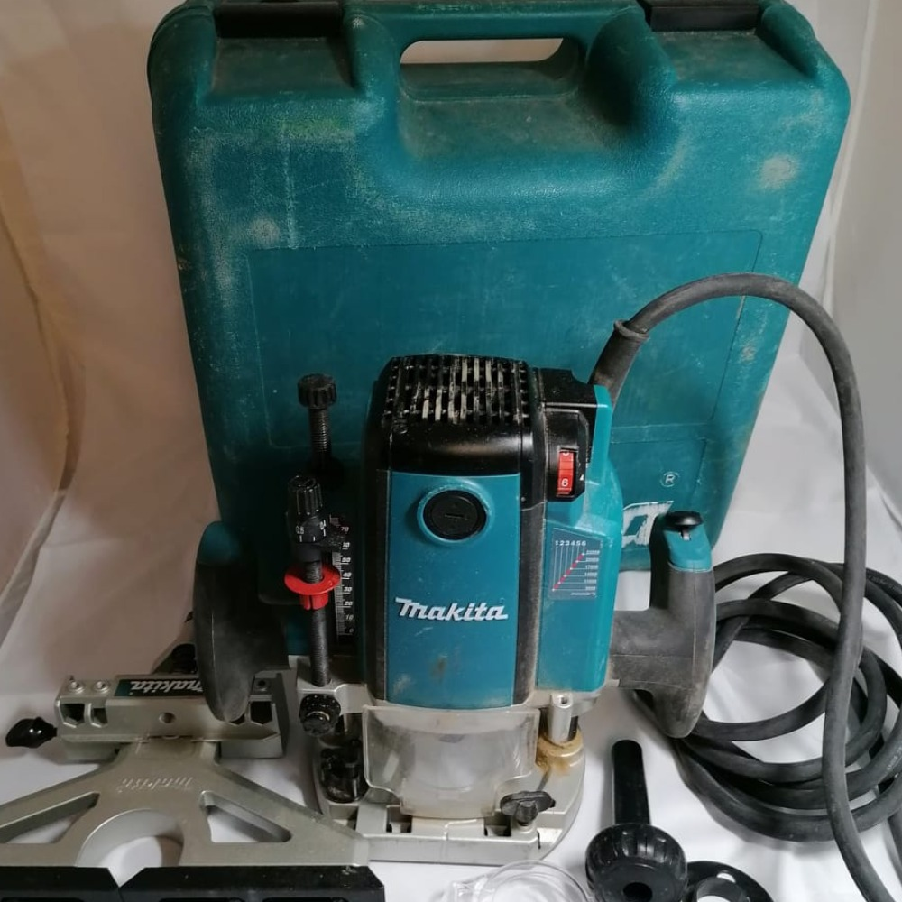 Product photo for Makita plug  router