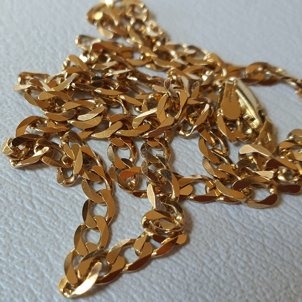 Product photo for 9ct Yellow Gold Curb Chain 18 inches