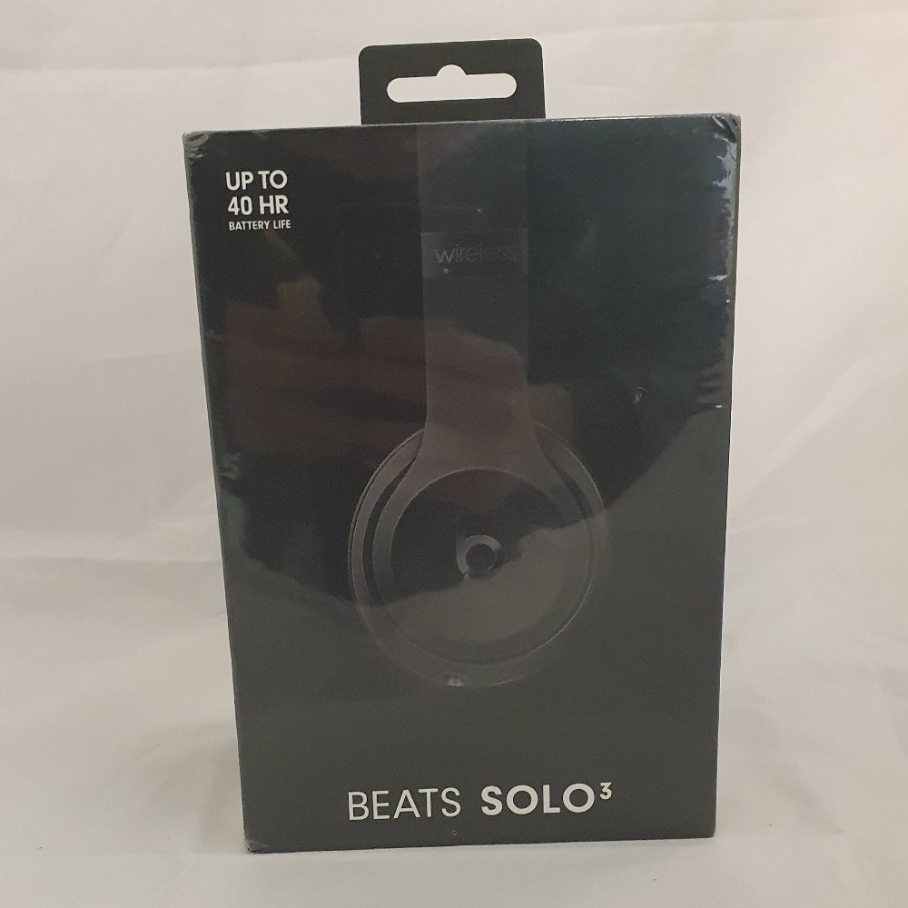 Product photo for Beats Beats Solo 3 Wireless Headphones W/ Carrying Case - Black