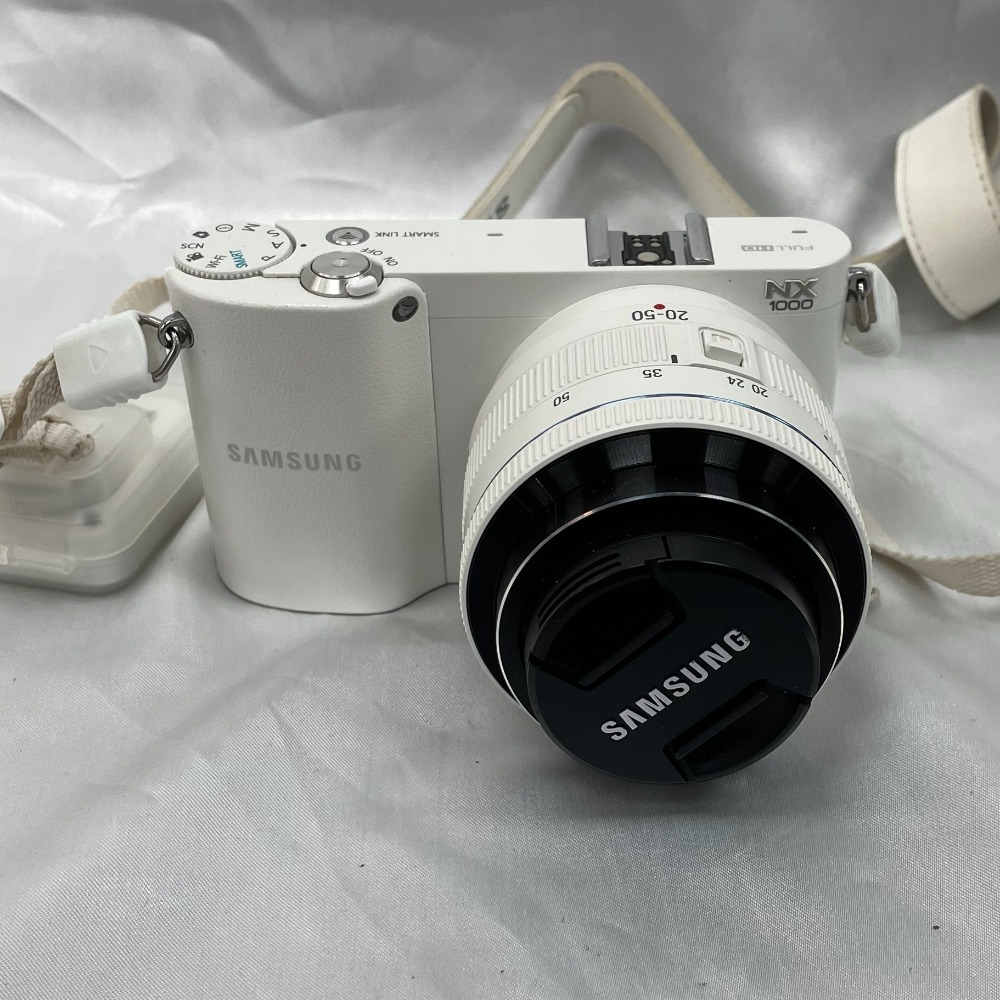 Product photo for Samsung NX1000 (Read Discription)