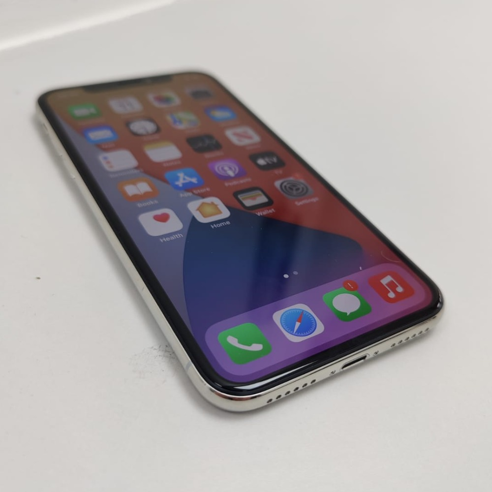 Product photo for Apple iPhone X (64GB)