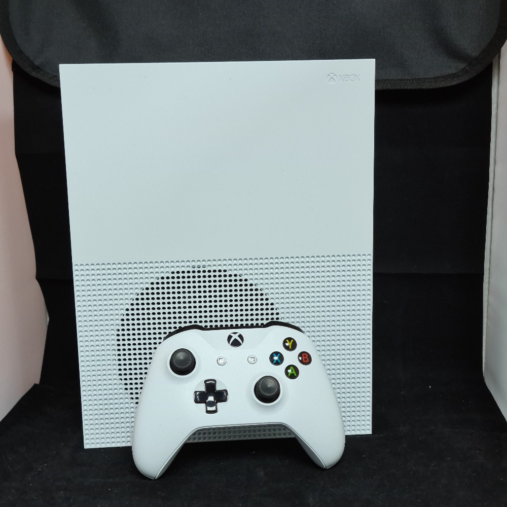 Product photo for Microsoft/Xbox One S 1TB