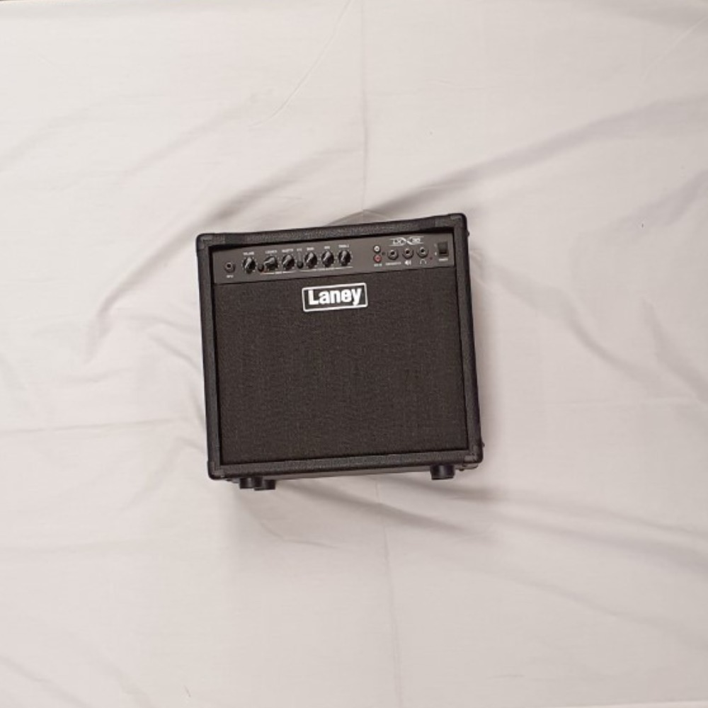Product photo for LANEY LX 35 Amp