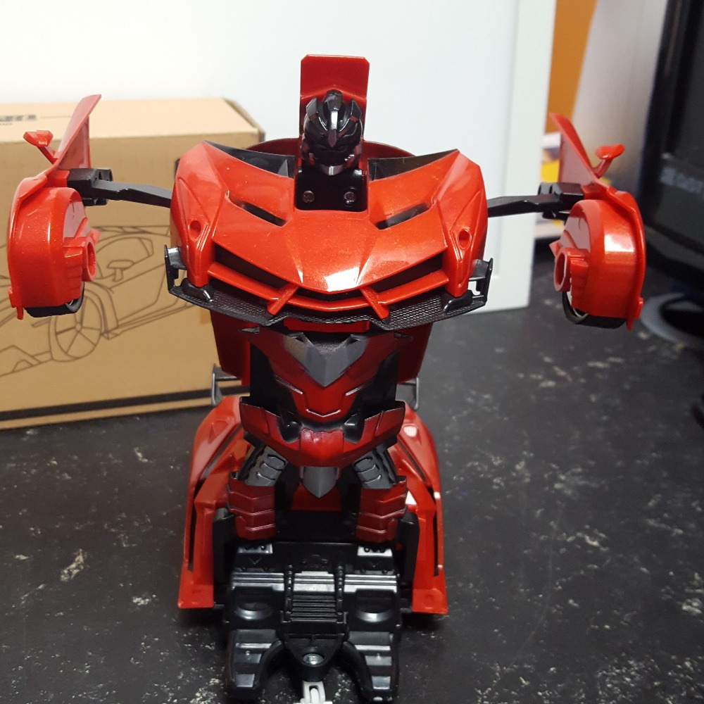 Product photo for Xuezhishan Toys RC Transformer Sports Car