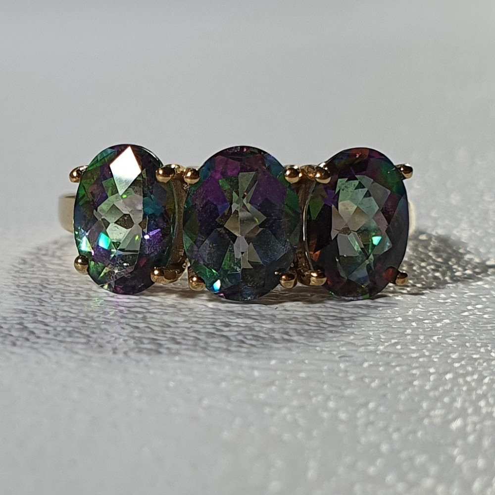 Product photo for 9ct Yellow Gold 3 Oval Matrix Topaz Ring N