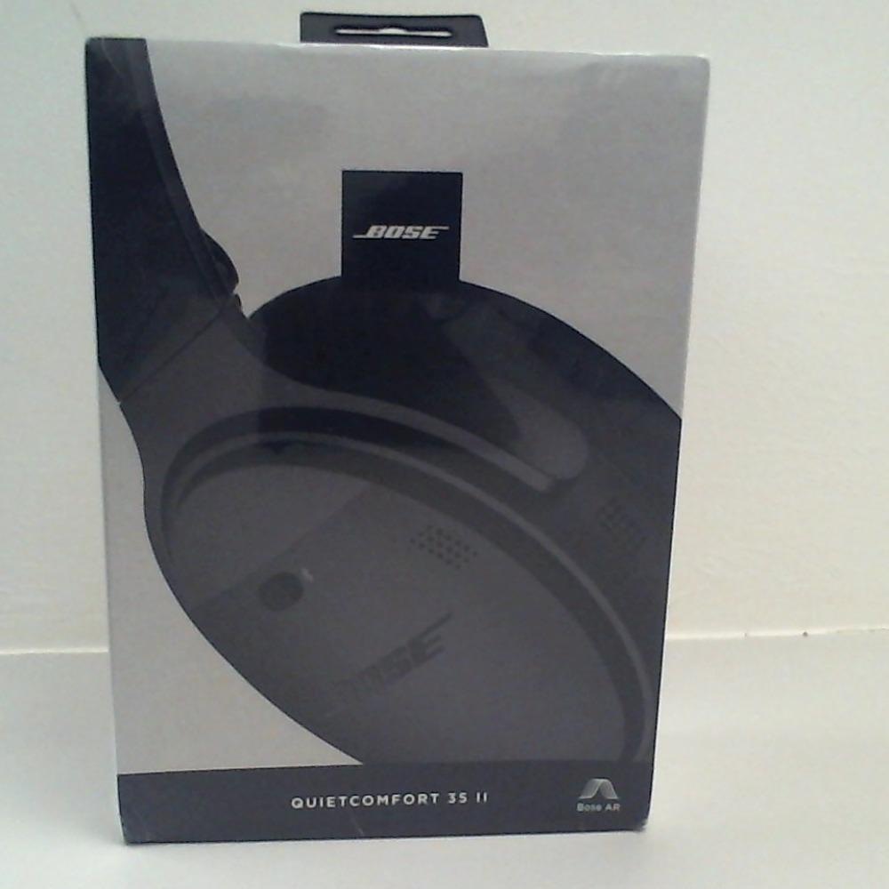 Product photo for Bose Bose QuietComfort  35 (Series ii) **New**