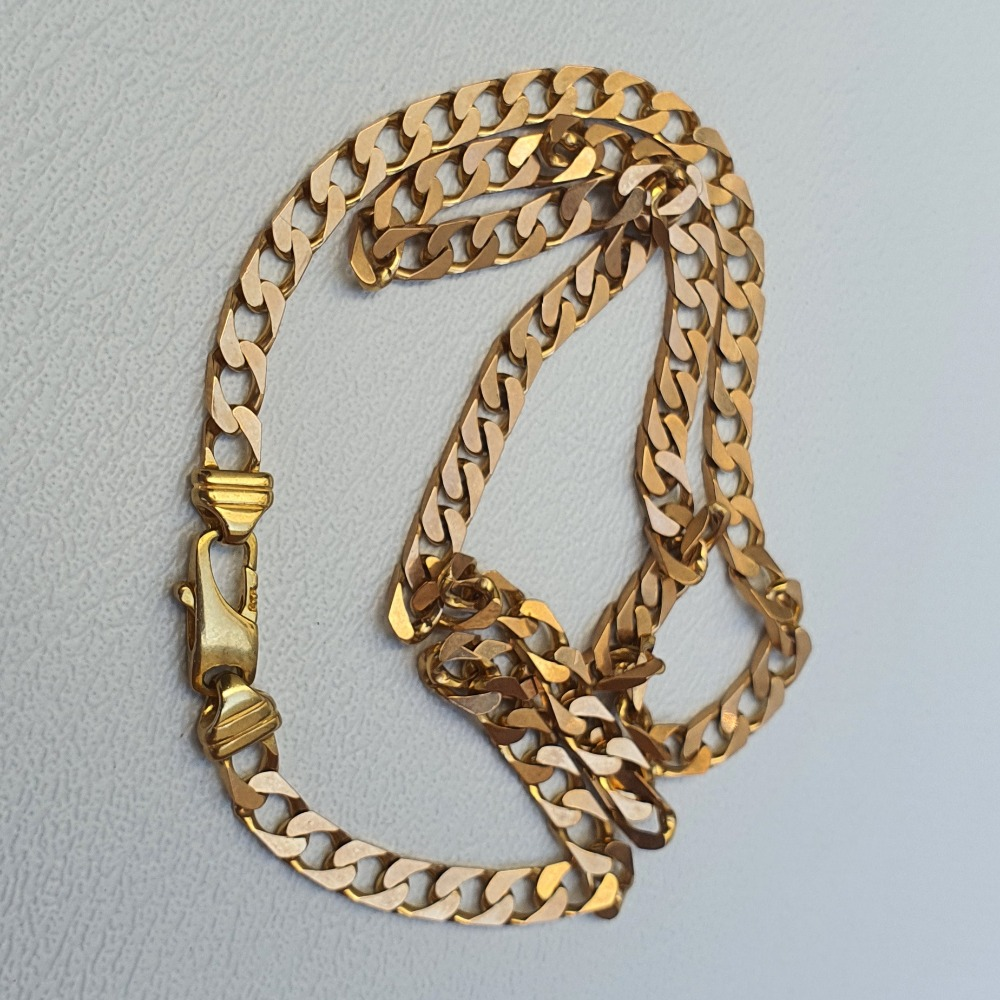 Product photo for 9ct Yellow Gold Curb Chain 18