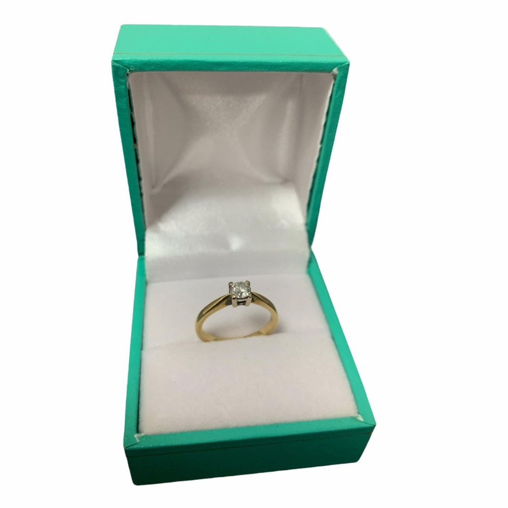 Product photo for 18ct Yellow Gold Diamond Solitare 0.25ct (Size G)
