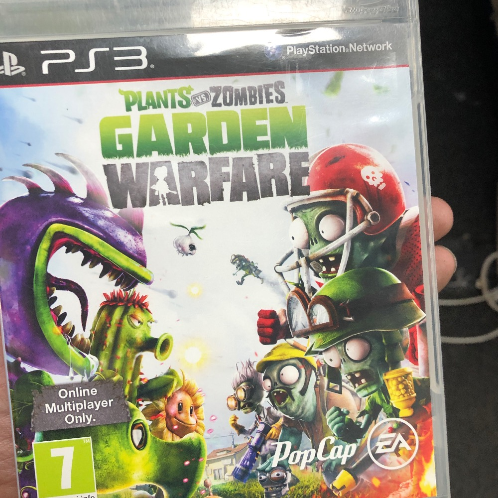 Product photo for Sony PS3 Game plants vs zombie