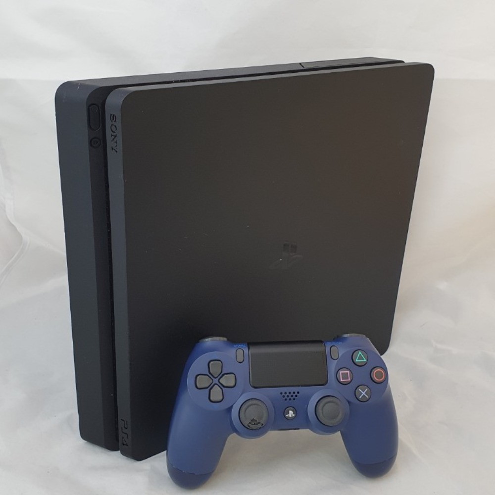 Product photo for PS4 Slim 500GB