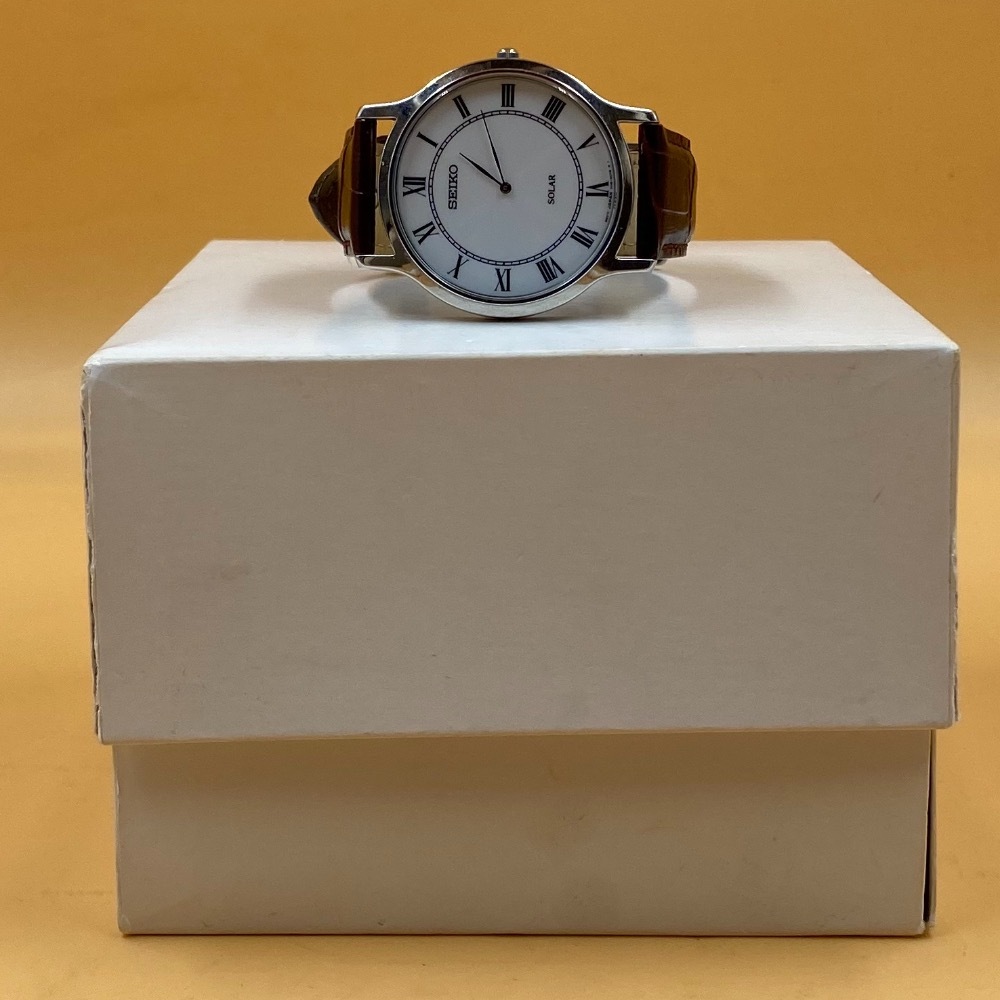 Product photo for SEIKO V115-0BE0 SOLAR WATCH BOXED