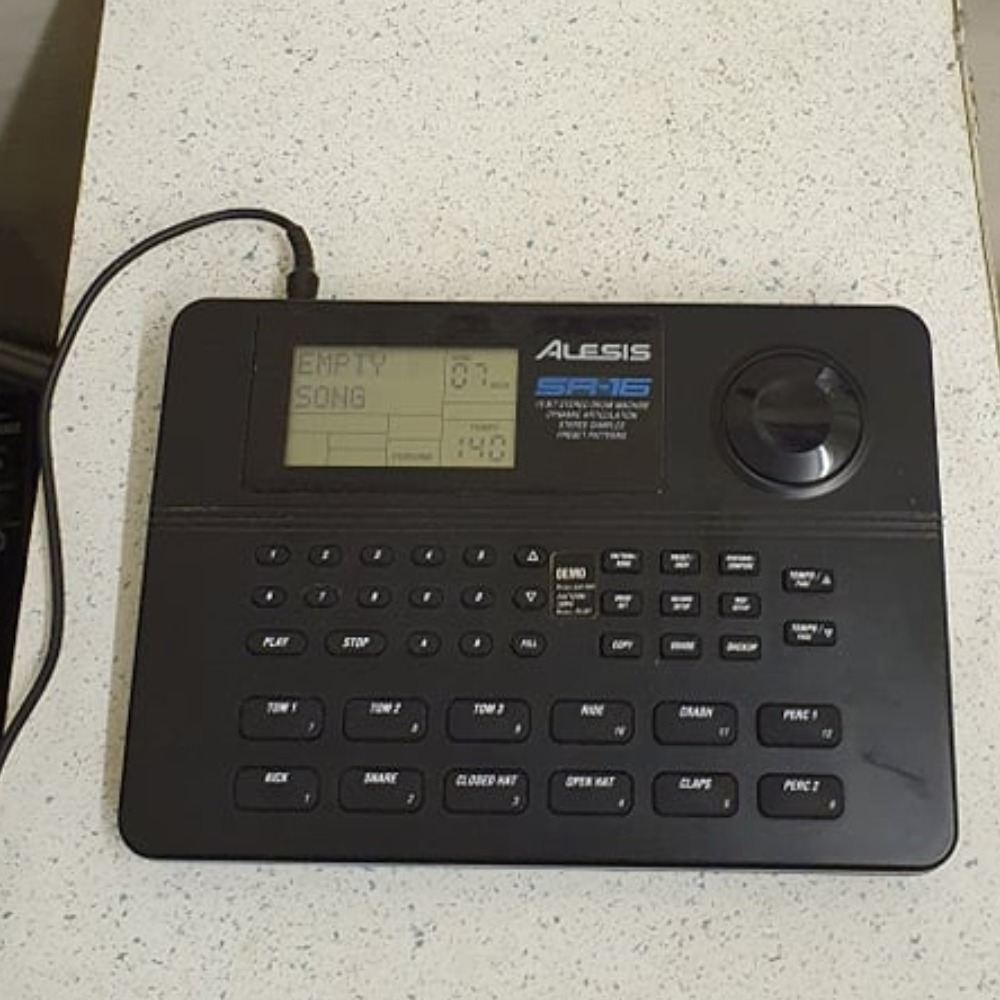 Product photo for Alesis sr-16 16 bit stereo drum machine