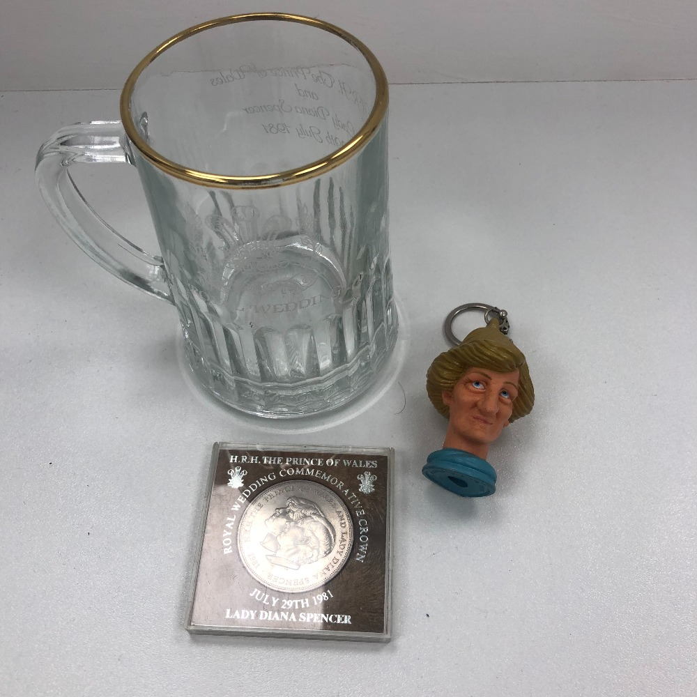 Product photo for Diana Tanker/coin and keyring