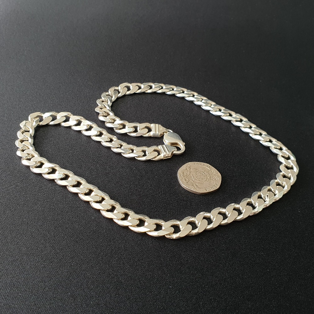 Product photo for Silver Curb Chain 19-20 inches Very Good Condition