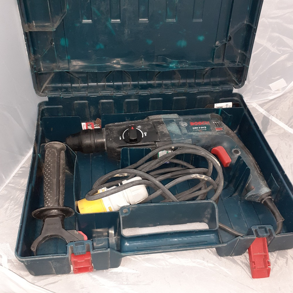 Product photo for Bosch Rotary Hammer Drill Set