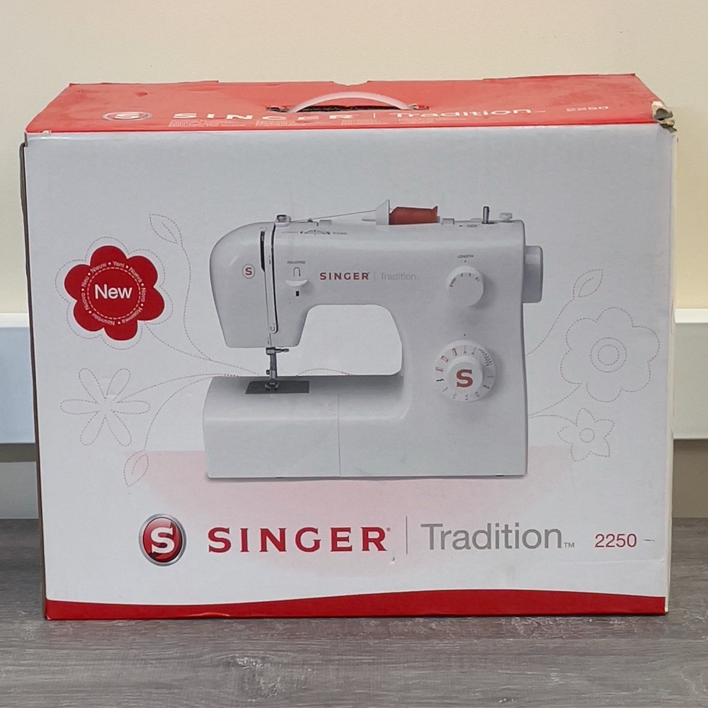 Product photo for SINGER TRADITION 2250 SEWING MACHINE