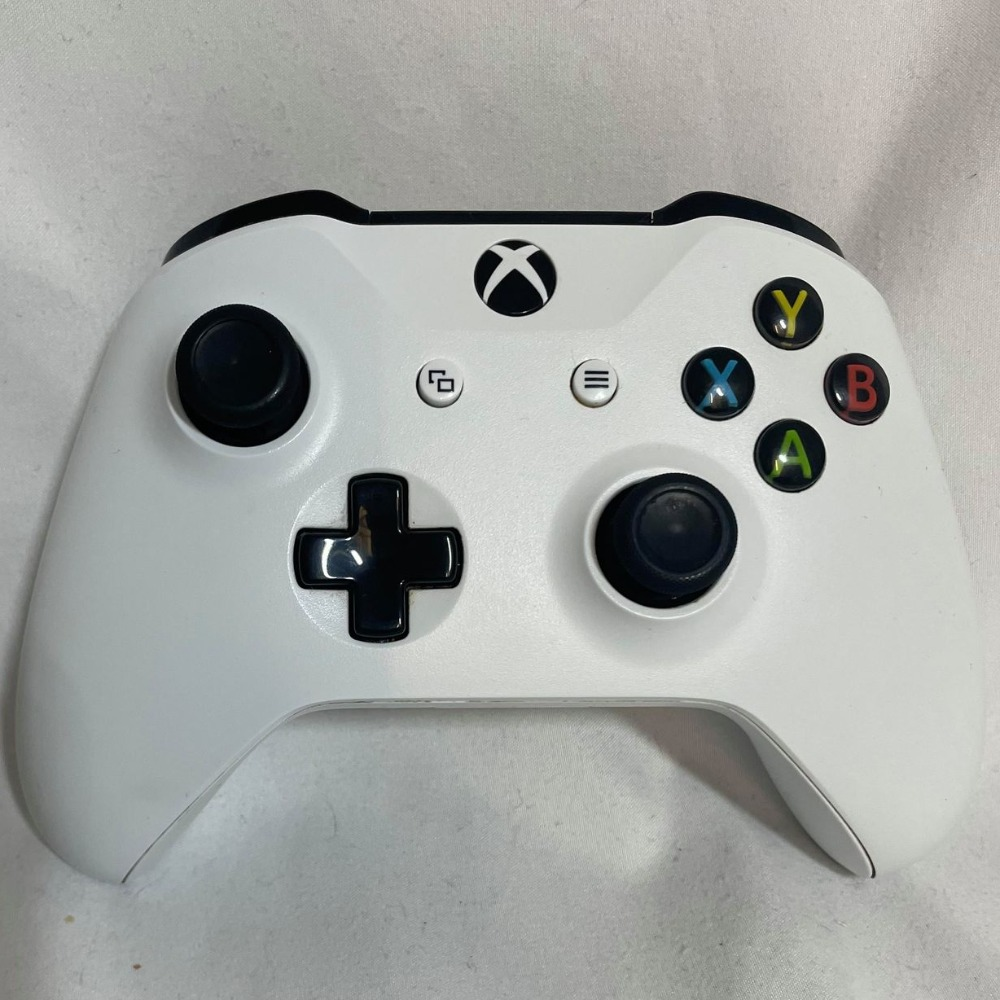 Product photo for Xbox One Controller - White