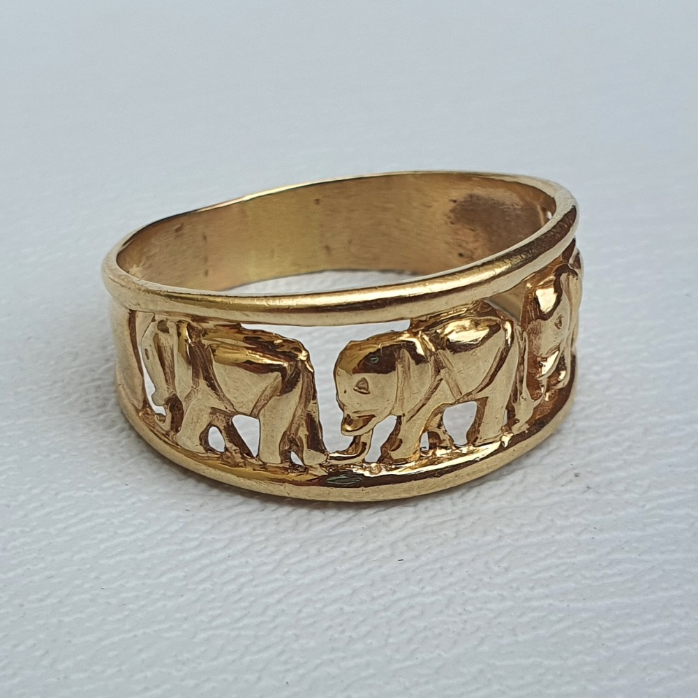 Product photo for 4.77g 14ct Yellow Gold 3 Elephants Half Band Ring Size V1/2